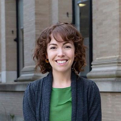 Katherine Kerschen Headshot
