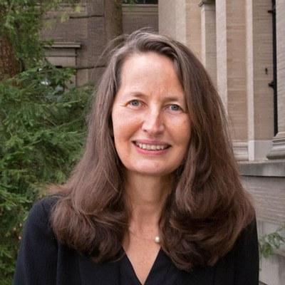 Sabine Doran Headshot